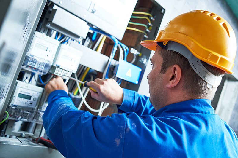 Become An Electrician in Wigan Greater Manchester