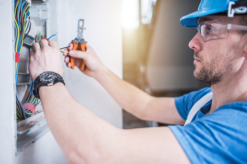Electrician Qualifications in Wigan Greater Manchester